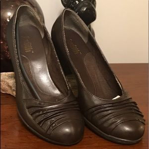 "Judith ""Camille"" Brown Leather Pumps"